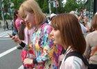 Street fashion w Tokio. Ubrania, przebrania i skarpetki do sandałów [ZDJĘCIA]