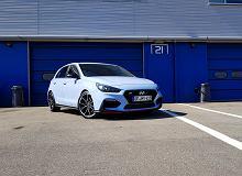 Hyundai i30 N Performance - test. Bezczelny debiut