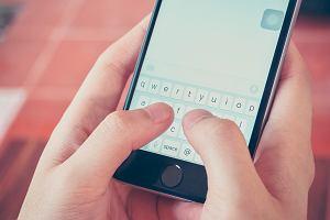 O trudnej sztuce SMS-owania