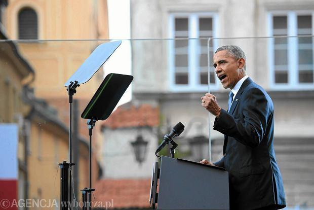 Obama: Polska nigdy nie b�dzie ju� samotna [Przem�wienie prezydenta USA podczas obchod�w 25-lecia wolno�ci na pl. Za