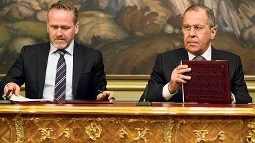6.02.2018, Moskwa,  Anders Samuelsen, minister spraw zagranicznych Danii i jego rosyjski odpowiednik Siergiej Ławrow.