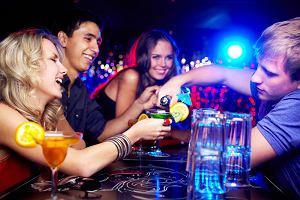 Czy alkohol pomaga nawiązywać kontakty?