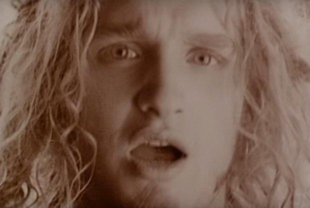 kard z klipu Alice In Chains