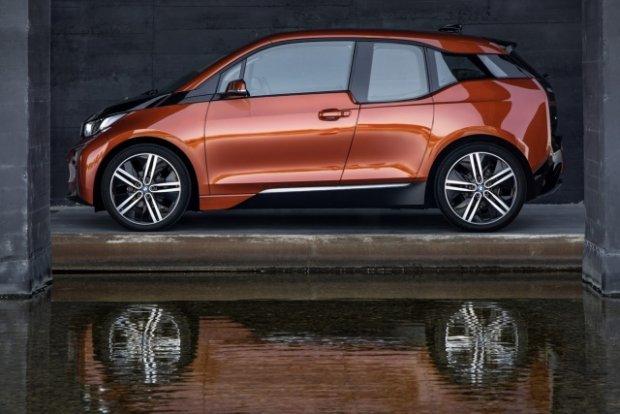 Apple negocjuje z BMW. Czy model i3 zostanie pierwszym autem Apple?
