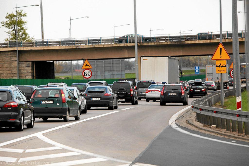 GDDKiA wybrała wykonawcę remontu węzła Bielany Wrocławskie. Ma być realizowany etapami, ale kierowcy i tak utkną w korkach.