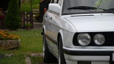 Samochód - zdjęcie ilustracyjne