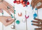 Jak malowa� paznokcie lew� r�k�? Sposoby na domowy manicure jak z salonu