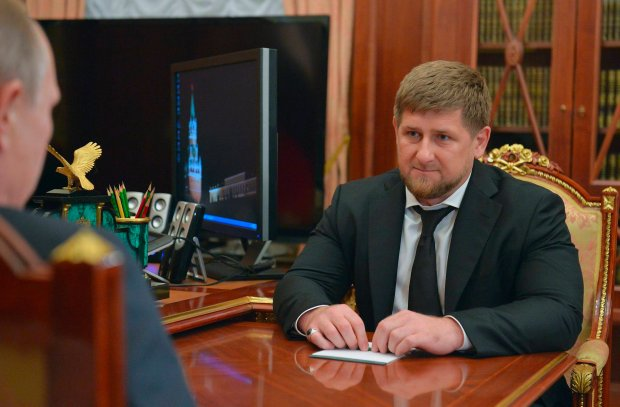"""Kadyrow ��da schwytania ukrai�skich pos��w, bo """"wspieraj� terroryzm"""". A oni: """"Przywie�cie go na Majdan"""""""