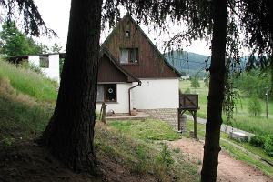 Sielski dom na wzg�rzu