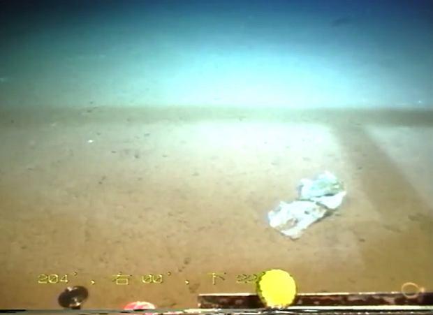 Zdjęcie numer 2 w galerii - Zaśmieciliśmy najgłębsze miejsce na Ziemi. Przerażające odkrycie na dnie Rowu Mariańskiego