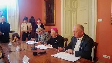 Podpisanie listu intencyjnego w sprawie krytycznego wydania dzieł filozoficznych i teologicznych Karola Wojtyły