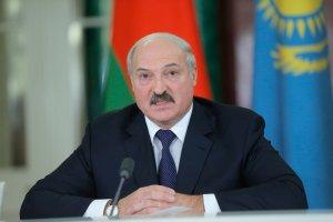 Ceny w dół, urzędnicy za kraty - prezydent Białorusi znów wyszedł na obrońcę ludu
