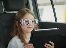 Specjalne okulary zapobiegną chorobie lokomocyjnej - ciekawy patent z Francji