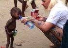 Społeczność skazała dwulatka na głód. Przed śmiercią uratowała go wolontariuszka