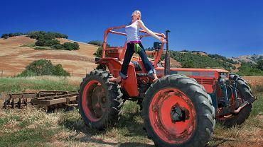 Farm lit to w odróżnieniu od chick lit literatura traktująca o przyjemnościach z ciężkiej roboty na farmie i wielkiej miłości z silnym, uczciwym, pracowitym mężczyzną