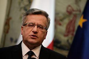 Latarnik Wyborczy. Komorowski naprawi� b��d i odpowiedzia� na pytania
