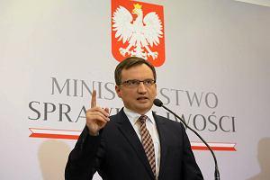 Zbigniew Ziobro zapowiada wojnę z mafią lekową