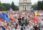 Mołdawia: Tysiące osób demonstrowały w związku ze skandalem bankowym