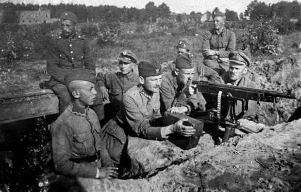 Sierpień 1920 r., stanowisko polskich karabinów maszynowych w rejonie Radzymina podczas Bitwy Warszawskiej
