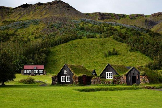 Islandzki s�d zdecydowa�: drogi nie b�dzie, bo to mo�e zdenerwowa� elfy. Wierzy w nie 80 proc. mieszka�c�w