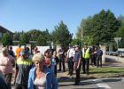 Blokada drogi w Ossowie usuni�ta przez policj�
