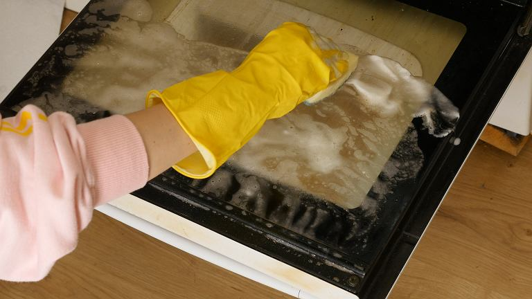 Jak wyczyścić piekarnik - myk