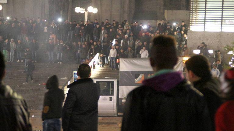 Zamieszki w noc sylwestrową w Kolonii, gdzie setki kobiet padły ofiarą napaści seksualnych