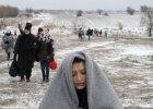 Uchod�cy przekraczaj� granic� z Macedoni�