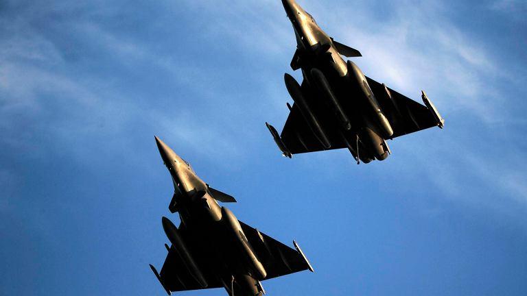 Francuskie myśliwce Rafale w akcji