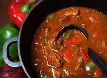 Zupa gulaszowa z wołowiną - ugotuj