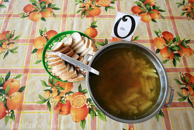 Rzecznik Praw Dziecka chce wiedzie�, jak to by�o ze szkolnymi obiadami