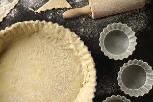 Jak zrobić kruche ciasto na spód do tarty? Mamy przepis i kilka porad