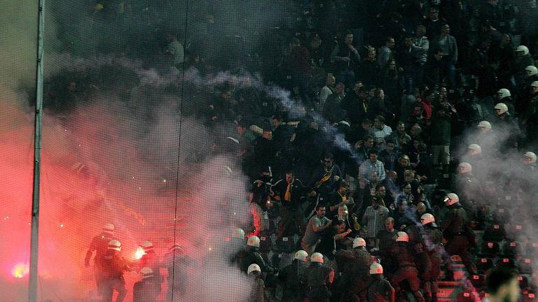 Awantura na stadionie PAOK Saloniki podczas meczu Ligi Europy