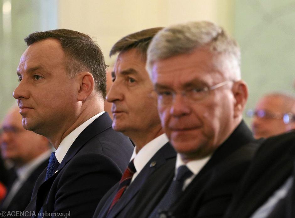 Andrzej Duda, Marek Kuchciński i Stanisław Karczewski na spotkaniu Komitetu Obchodów 100. rocznicy Odzyskania Niepodleglości