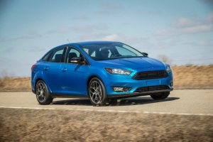 Salon Nowy Jork 2014 | Ford Focus sedan po liftingu