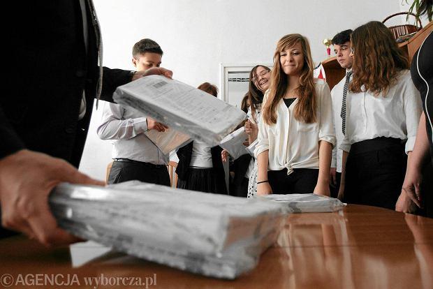 Egzamin gimnazjalny 2015: nowe zasady. Matematyka po raz pierwszy z rewolucyjną metodą sprawdzania