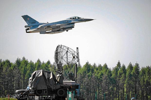 Baza Lotnictwa Taktycznego Polskich Si� Powietrznych - samoloty F-16