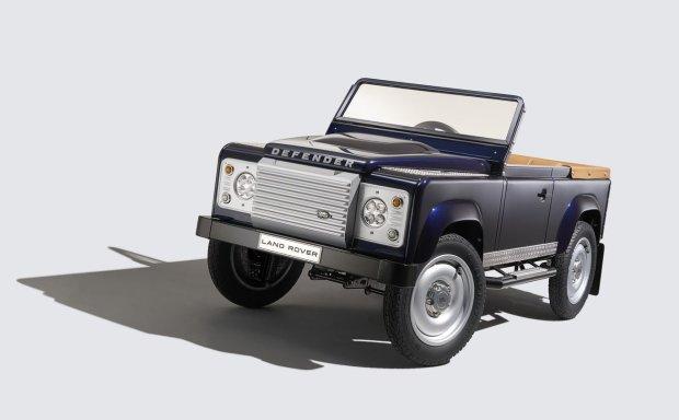 Salon Frankfurt 2015 | Land Rover Defender | Na peda�y