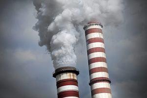 Zerwa�a si� platforma z pracownikami w kominie Elektrowni Kozienice