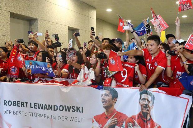 Robert Lewandowski powitany w Chinach