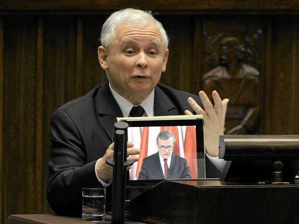 Kaczyński z tabletem, Pawłowicz z... kanapką.  Te kadry zapamiętamy z VII kadencji Sejmu