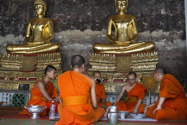 W Tajlandii powracaj� �e�skie klasztory. Dla tradycyjnych buddyst�w to rewolucja