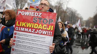Protest rodziców i nauczycieli przeciwko reformie edukacji