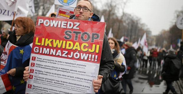 Zdjęcie numer 1 w galerii - Kluzik-Rostkowska o skutkach likwidacji gimnazjów: To jest coś, za co przyjdzie PiS zapłacić bardzo wysoką polityczną cenę