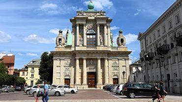 Kościół seminaryjny na Krakowskim Przedmieściu - tutaj miałby stanąć pomnik wszystkich ofiar katastrofy smoleńskiej