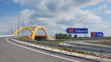 Autostrada A1 - węzeł Kutno-Wschód, skrzyżowanie z DK92