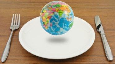 Eksperci zbadali, jak odżywiają się ludzie w różnych stronach świata. Co się okazało?