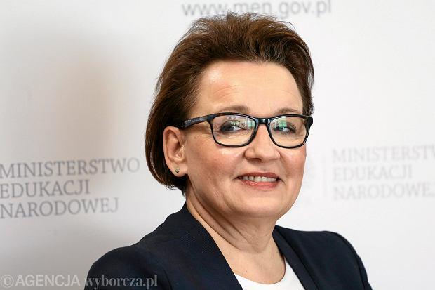 Ponad 80 naukowców apeluje do minister Zalewskiej. Stają murem za gimnazjami