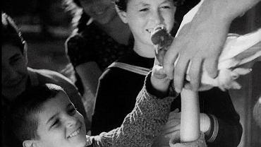 'Mir kumen on' ('Droga młodych'), reż. Aleksander Ford, 1936, kadr z filmu po restauracji cyfrowej