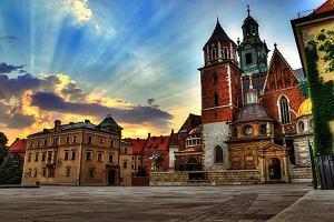 Zapierające dech widoki, tętniące życiem miasta, romantyczna atmosfera. Tak można spędzić wakacje we dwoje. A to wszystko w Polsce!